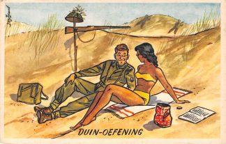 Ansichtkaart Militair Humor Duin-oefening Soldaat met meisje in de duinen Illustrator Poortvliet Soldaten HC9876