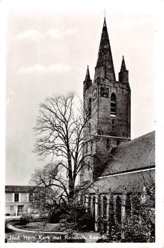 Ansichtkaart Kapelle Ned. Hervormde Kerk met Raadhuis HC10350