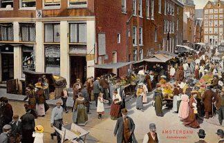 Ansichtkaart Amsterdam Jodenbreestraat met volk 1908 HC9946