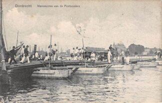 Ansichtkaart Dordrecht Militair Manoeuvres van de Pontonniers Schipbrug over de rivier 1907 Soldaten HC10494