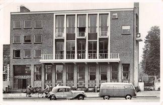 Ansichtkaart Groningen Nieuwe Studenten-Sociëteit VW Auto 1954 HC10545