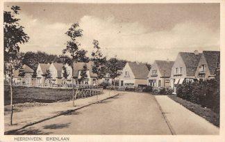 Ansichtkaart Heerenveen Eikenlaan 1944 HC10800