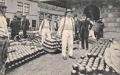 Ansichtkaart Alkmaar Kaasmarkt Markt 1910  Klederdracht HC10865