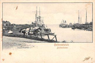 Ansichtkaart Hellevoetsluis Buitenhaven met oorlogs schepen Marine 1904 HC10881