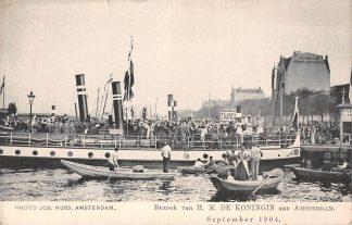 Ansichtkaart Amsterdam 1904 Bezoek H.M. de Koningin. Aanlegplaats binnenvaart schepen Zaandam Scheepvaart HC11039