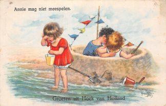 Ansichtkaart Hoek van Holland Groeten uit 1932 Annie mag niet meespelen HC11359