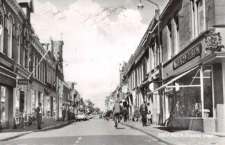 Ansichtkaart Coevorden Friesche Straat met winkel Albert Heijn 1966 HC11453
