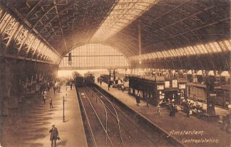 Ansichtkaart Amsterdam Centraal Station onder de overkapping 1911 Stoom treinen Spoorwegen HC11479