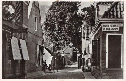 Ansichtkaart Grouw Bakkerij en sigarenwinkel 1945 HC11675