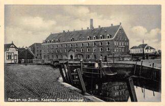 Ansichtkaart Bergen op Zoom Kazerne Groot Arsenaal Militair HC11804