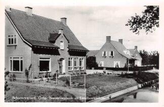 Ansichtkaart Schoonrewoerd Coöp. Boerenleenbank en Landbouwschool 1961 HC11939