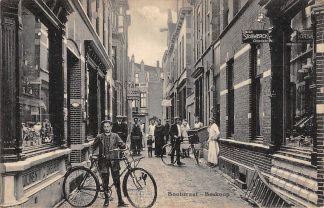 Ansichtkaart Boskoop Bootstraat met volk Cacao Stollwerck Chocolade 1917 HC11959