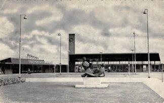 Ansichtkaart Beverwijk Station en Stationsrestaurant 1962 Spoorwegen HC11965