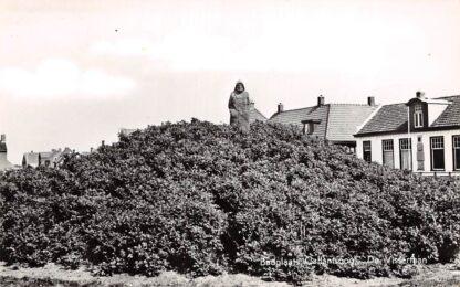 Ansichtkaart Callantsoog Monument De Visserman 1960 HC12022