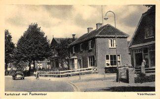 Ansichtkaart Voorthuizen Kerkstraat met Postkantoor Auto 1956 HC12590