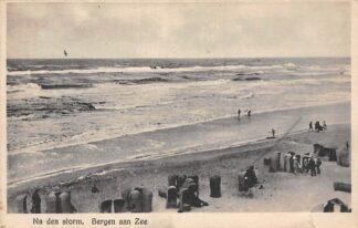 Ansichtkaart Bergen (NH) aan Zee Na den Storm  1932 Strand HC12603
