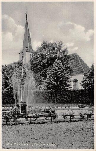 Ansichtkaart Heiloo Ned. Hervormde Kerk met Fontein HC12724