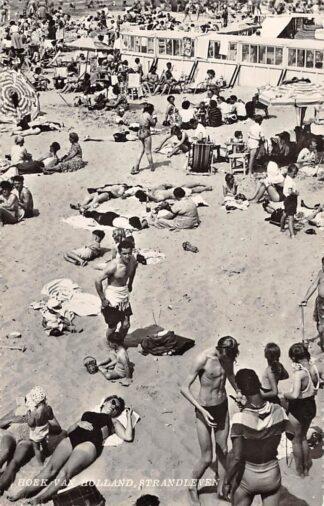 Ansichtkaart Hoek van Holland Strand leven 1957 HC12731