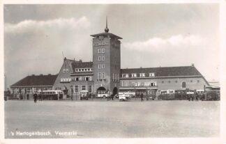 Ansichtkaart 's-Hertogenbosch Veemarkt Bus IJsverkoper 1952 HC12746