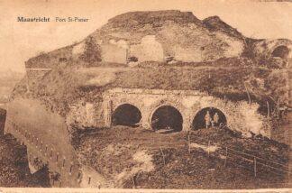 Ansichtkaart Maastricht Fort Sint Pieter 1927 HC12797
