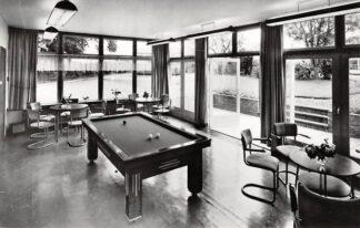 Ansichtkaart Voorthuizen Herstellingsoord Azareel Baron van Nagelstraat 7 Recreatiezaal met biljart 1968 HC12907