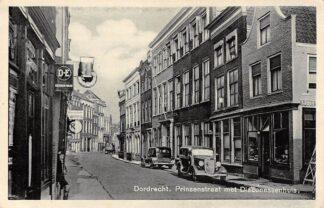 Ansichtkaart Dordrecht Prinsenstraat met Diaconessenhuis Ziekenhuis HC13010
