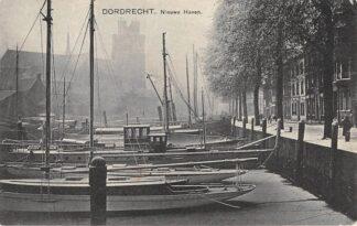 Ansichtkaart Dordrecht Nieuwe Haven Binnenvaart schepen Scheepvaart HC13037