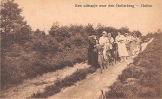 Ansichtkaart Holten Een uitstapje op den Holterberg Dames op de fiets HC13098