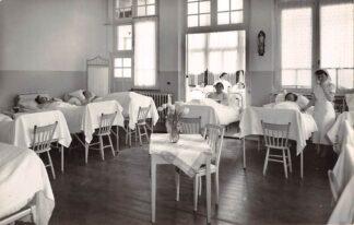 Ansichtkaart Oss St. Anna Ziekenhuis Vrouwenzaal 1958 HC13136