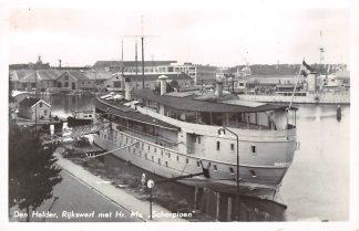 Ansichtkaart Den Helder Rijkswerf met Hr. Ms. Schorpioen Marine Schepen Scheepvaart 1954 HC13140