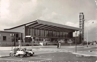 Ansichtkaart Venlo Station Spoorwegen 1962 Scooter HC13236