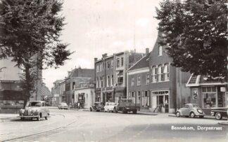 Ansichtkaart Bennekom Dorpsstraat Auto HC13239