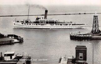Ansichtkaart Enkhuizen Krabbergsgat met veerboot Van Hasselt 1958 Binnenvaart schepen Scheepvaart HC13241