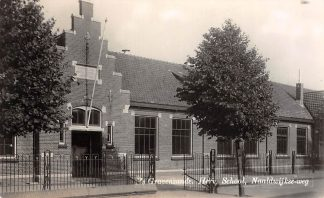 Ansichtkaart 's-Gravenzande Naaldwijkse-weg Hervormde School Westland HC13274