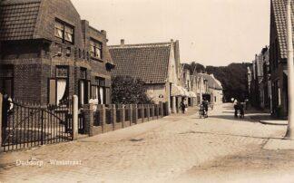 Ansichtkaart Ouddorp Weststraat Fotokaart 1943 HC13295