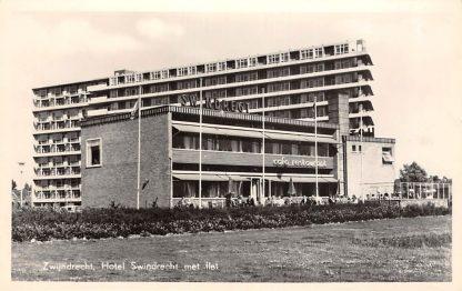 Ansichtkaart Zwijndrecht Hotel Swindrecht met flat 1959 HC13324