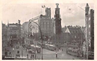Ansichtkaart Amsterdam Muntplein met trams en auto HC13330