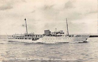 Ansichtkaart IJmuiden Koninklijk jacht Norge tussen de pieren 1955 Scheepvaart Schepen HC13557