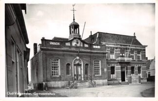 Ansichtkaart Oud-Vossemeer Gemeentehuis 1954 Tholen HC13582