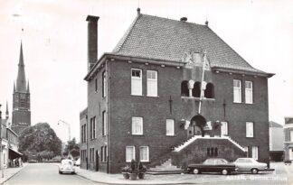 Ansichtkaart Asten Gemeentehuis VW Auto 1969 HC13658