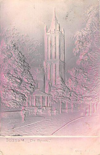 Ansichtkaart Bussum De Brink met kerk in relief 1905 HC13704
