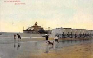 Ansichtkaart Scheveningen Badkoetsen Strand zee en Pier HC13708