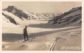 Ansichtkaart Zwitserland Blick vom Jungfrau gegen den Aletschgletscher Skier in de sneeuw Suisse Schweiz Switzerland Europa HC13762