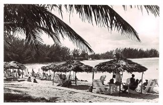 Ansichtkaart The Bahamas Nassau Paradise Beach 1960 Noord-Amerika America HC13792