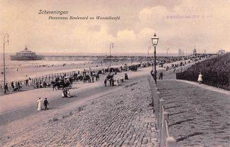 Ansichtkaart Scheveningen Panorama Boulevard en wandelhoofd Pier stand en zee Den Haag HC13827