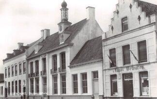 Ansichtkaart IJzendijke Gemeentehuis Sluis (ZL) Zeeuws-Vlaanderen HC14048