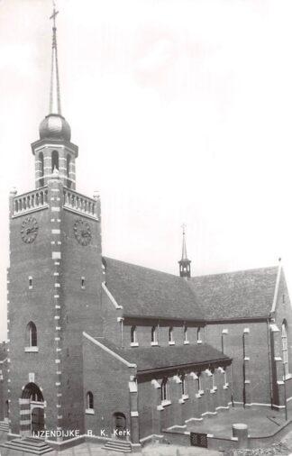 Ansichtkaart IJzendijke R.K. Kerk 1976 Sluis (ZL) Zeeuws-Vlaanderen HC14100