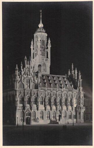Ansichtkaart Middelburg Fotokaart Stadhuis in de nacht HC14103