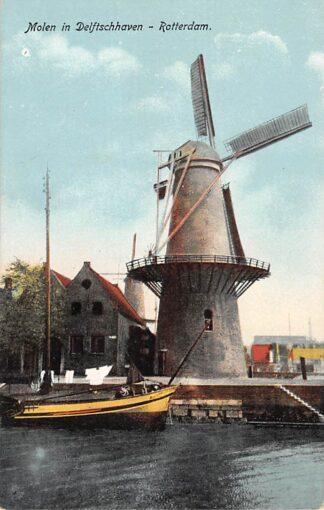 Ansichtkaart Rotterdam Middenhoofd Delfshaven Molen De Distilleerketel en De Waakzaamheid Binnenvaart schepen Scheepvaart HC14390