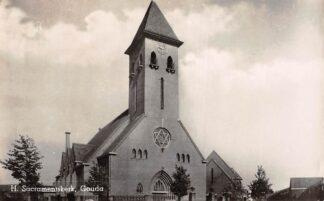 Ansichtkaart Gouda Sacraments kerk Jacob van Lennepkade Korte Akkeren HC14658